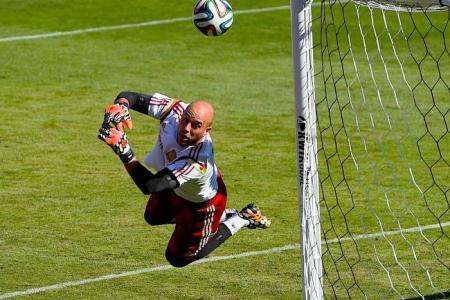 Bayern agree Reina fee with Pool