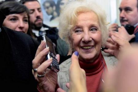 Argentine grandmother finds stolen grandson after 36 years