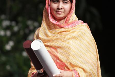 Justin Bieber FaceTimes human rights activist Malala Yousafzai