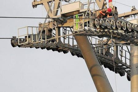 Sentosa cable car drama: Worker stuck in stalled cabin for almost 3 hours