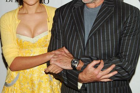 Robin Williams' daughter posts heartbreaking tribute to her dad