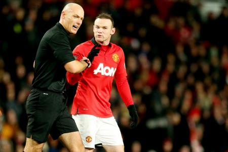 Howard Webb denies Man United bias