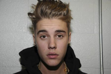 Justin Bieber goes for anger management, donates $62,500 in plea deal