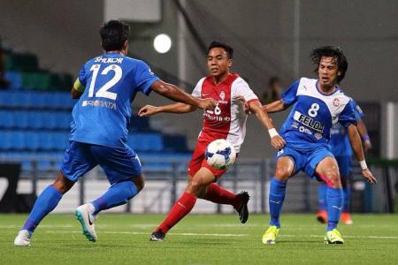 LionsXII toothless again