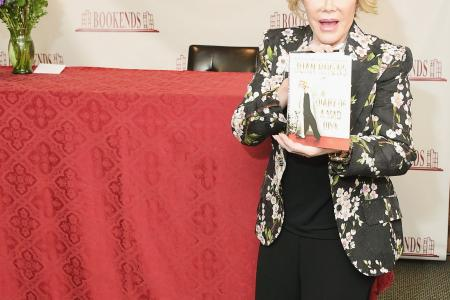 Joan Rivers in hot water after insensitive Gaza comments
