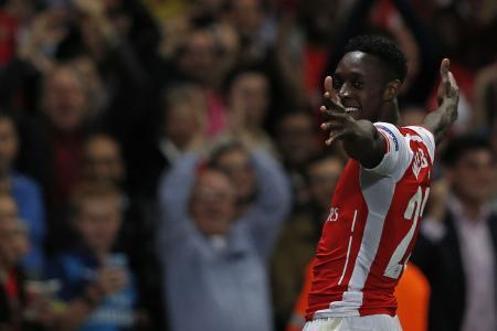 Welbeck runs riot in Arsenal drubbing of Galatasaray