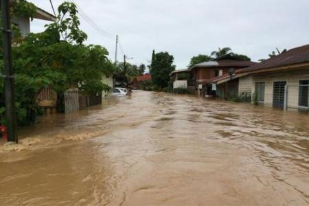 Severe floods hit Kota Kinabalu