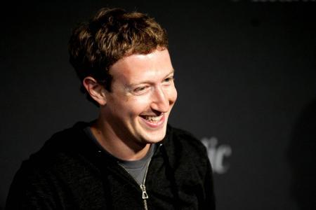 Mark Zuckerberg donates $32 million to Ebola fight
