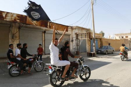 Malaysia arrests 14 ISIS militants, including 3 key figures