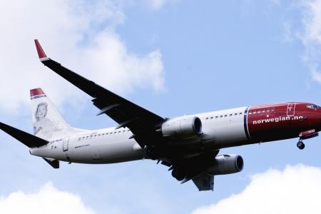 Norwegian flight delayed five hours - over mouse hunt in cockpit
