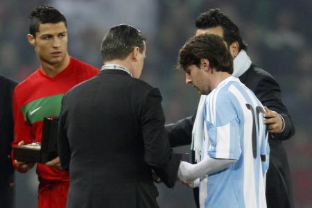 Ronaldo denies calling Messi 'm***********r'