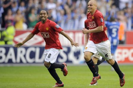 Wes Brown: Anderson is the least intelligent player I've played with