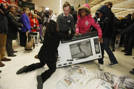 WATCH: Check out these people going crazy over the Black Friday sales