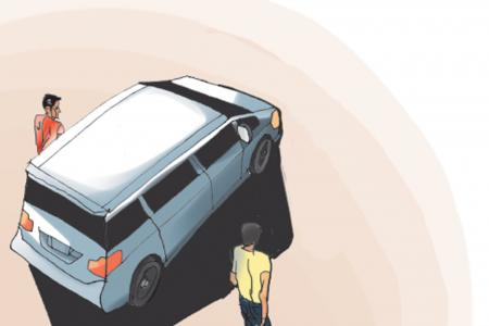 S'pore man with toddler jumps out of car after it's carjacked
