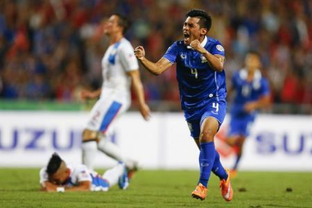 Thais reach final after crushing Azkals