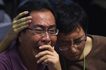 QZ8501 LIVE UPDATES DAY 3: AirAsia, rescue team confirm that debris is from missing plane
