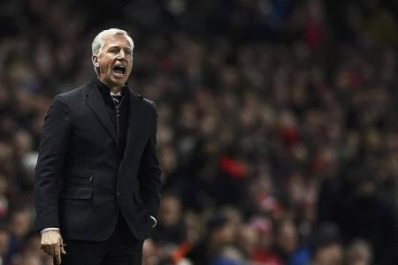 Pardew linked with shock move to former club Palace