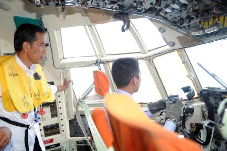 Three more bodies found from AirAsia QZ8501 flight found by Indonesian rescuers