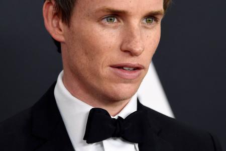 Eddie Redmayne gets Oscar buzz for role as Stephen Hawking