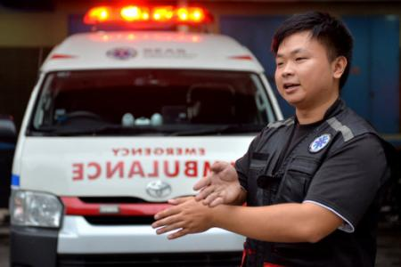 Ambulance driver: Frustrating when road hogs refuse to give way and even...