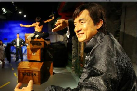 UPDATE: Is that Datuk Jackie Chan? Star turns up in person to get award