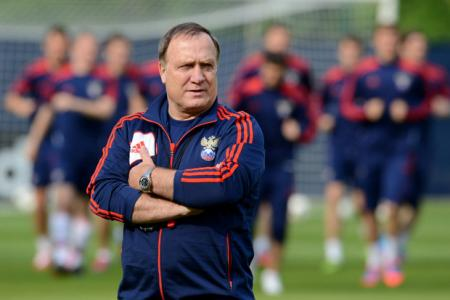 Who's the boss? Advocaat's wife might have a say on his time at Sunderland