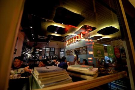 Nosh in the 'hipland': Hip dining joints sprout up in the heartland