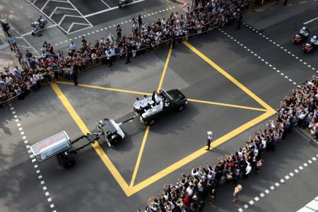 Mr Lee Kuan Yew's funeral begins at 1230pm on Sunday