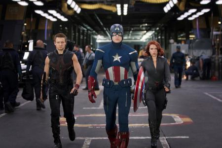Captain America & Hawkeye apologise for calling Black Widow a slut