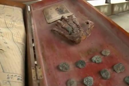 Family finds pirate treasure in grandfather's attic