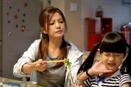 """Vicki Zhao: Daughter is the """"tigress"""" in the family"""