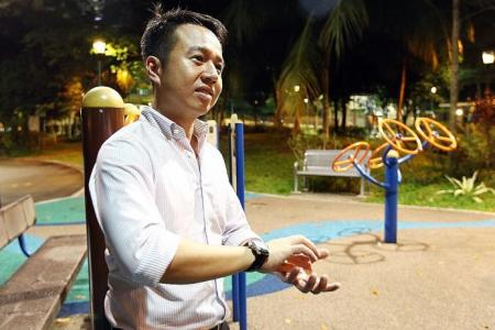 Man who found $10,000 on playground bench: It was a relief to give it back