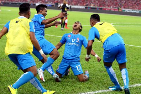 Victory for LionsXII