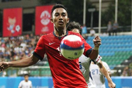 Stars Faris and Sahil go missing against Philippines