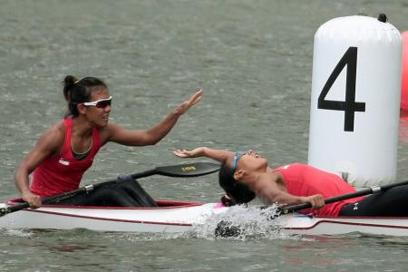 Canoeists hold nerve for clean sweep