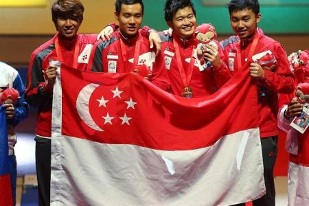 Men's foil team bag their first-ever SEA Games gold medal