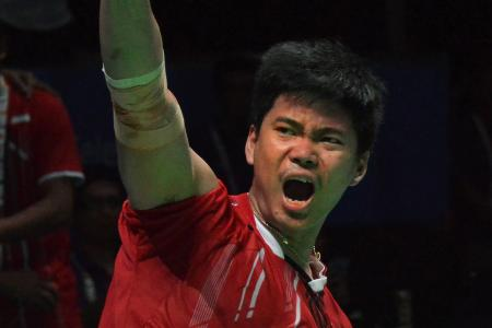 Mixed doubles win pushes Indonesia to top of SEA Games badminton table