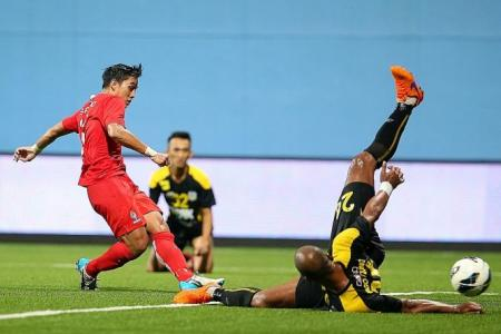 Hafiz's day as LionsXII beat Perak 2-1