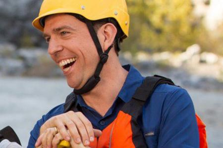 Ed Helms finally at the helm with vacation