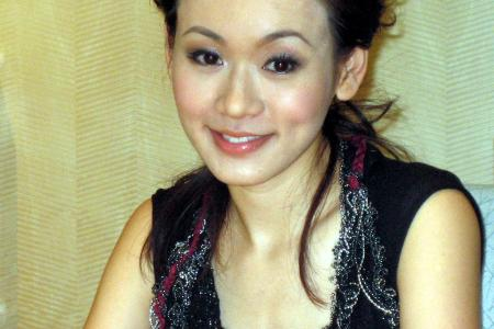 Shirley Yeung damages corneas from wearing contacts for more than 20 hours straight