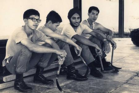 1967: Singapore's first soldiers