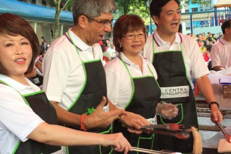 PAP's Jalan Besar announcement starts with toast