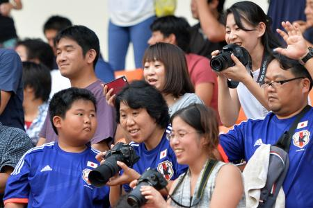 Japan fans confident of victory over Lions