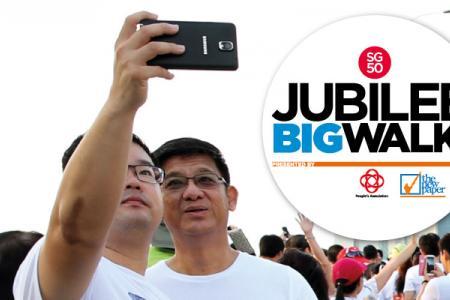 Selfie to win at the Jubilee Big Walk