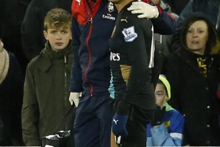 Wenger to blame for Arsenal's injury crisis, says Richard Buxton