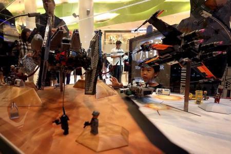 They made Millennium Falcon with 10,000 Lego bricks
