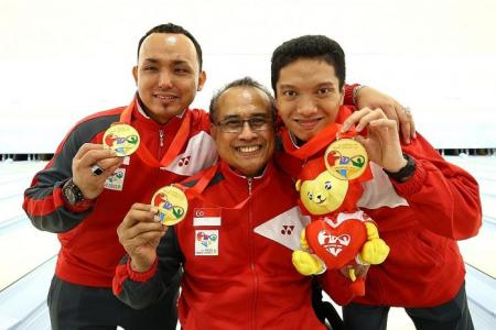 Singapore bowlers off to a bang with three golds