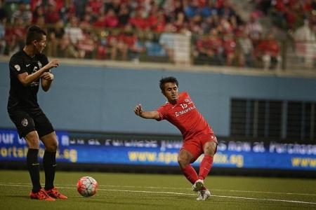 Only four LionsXII players still to find contracts