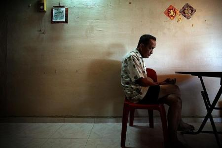 Elderly retiree spends Chinese New Year alone and in debt after son's death