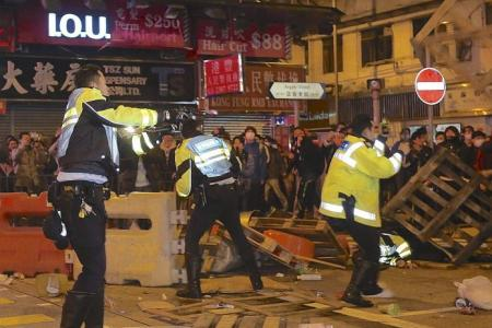 Almost 90 police officers injured in Hong Kong  CNY riot